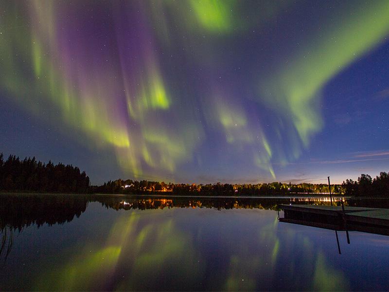 Auroras boreales sobre el cielo de Abisko
