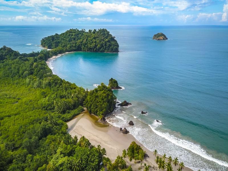 Del Caribe al Pacífico con Manuel Antonio